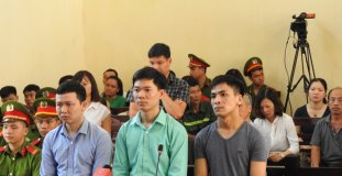 Vụ chạy thận tử vong: Công ty Thiên Sơn nói không có trách nhiệm bồi thường