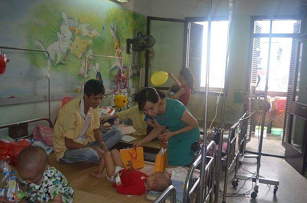 Chương trình từ thiện - Trung Thu cho em 3